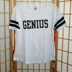 Old Navy t-shirt sz M